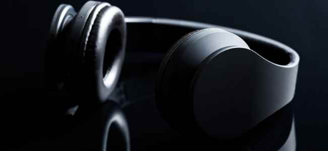 How to Use a Wireless Headphone Amplifier